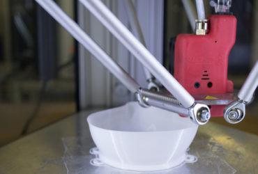 Caracol rende disponibili stampanti 3D per realizzare mascherine protettive
